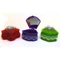 Шкатулка Брилиант с зеркалом  пластик 8-207